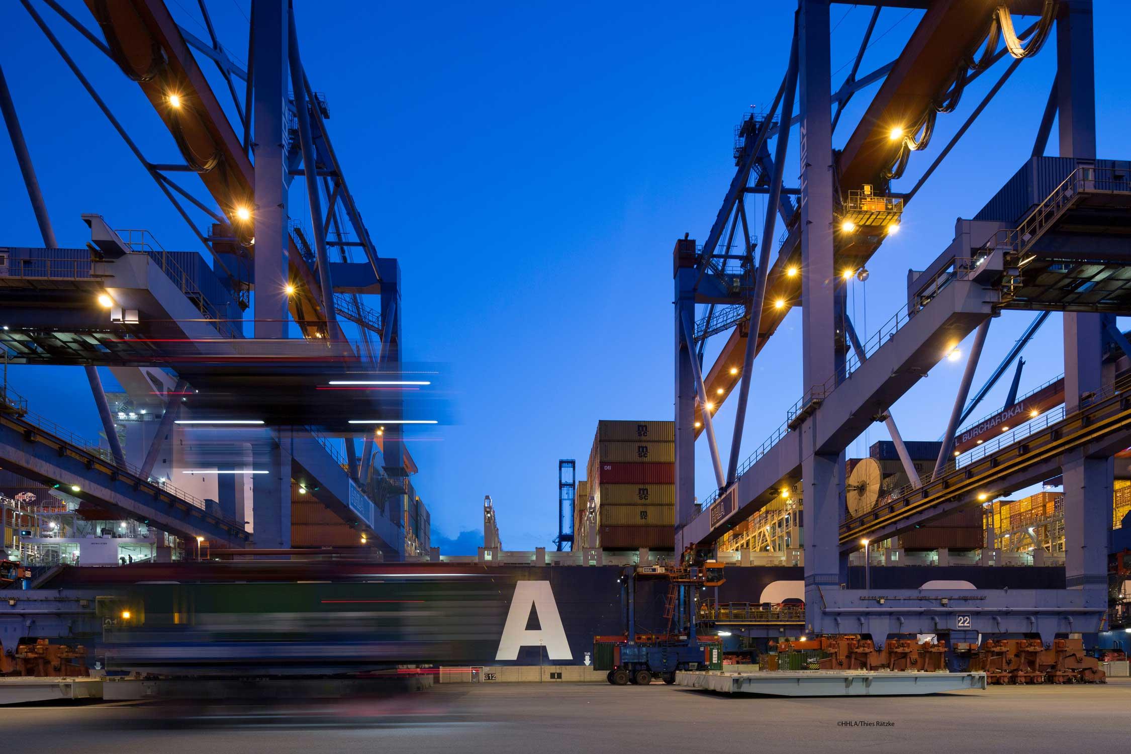 Port-Integration-Day_-Timliner-Hintergrund